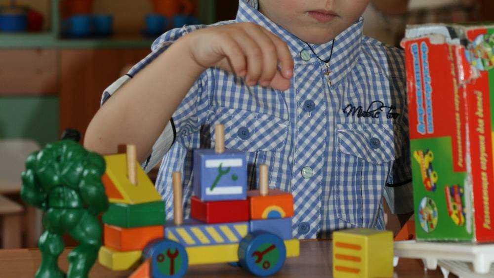 В Брянске за работу без лицензии наказали два детских центра