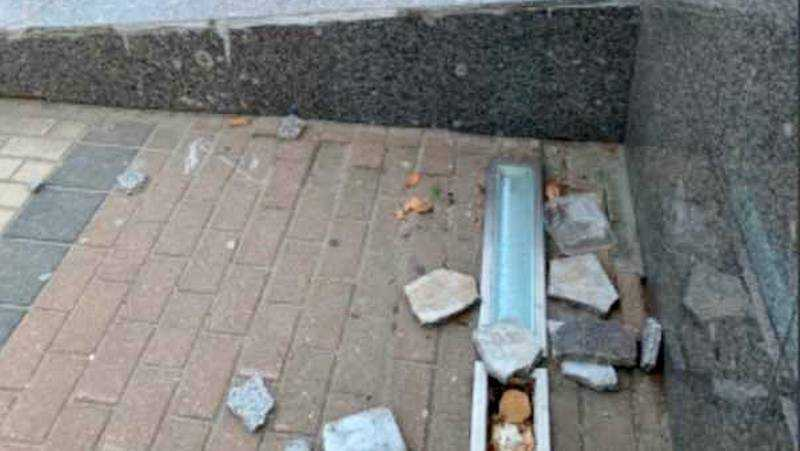 В Брянске отбили мраморную плитку на площади Партизан
