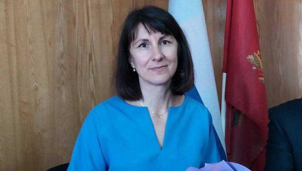 Унечские депутаты избрали главой города директора центра занятости