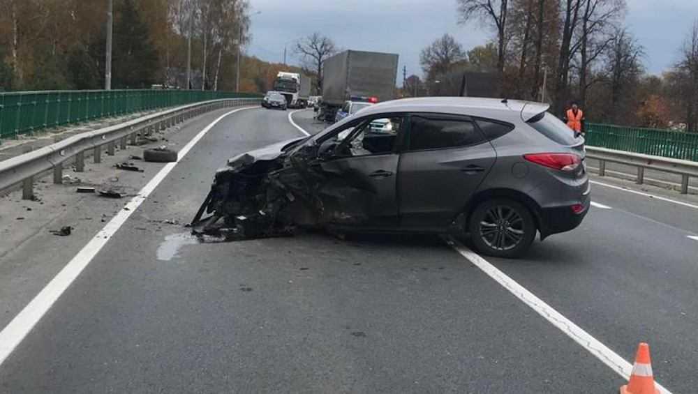 На трассе Брянск – Новозыбков в ДТП пострадали три человека