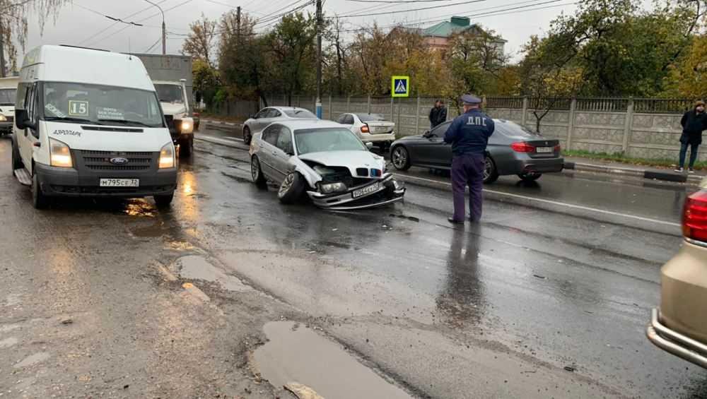 В Брянске из-за аварии у Городищенской горки увеличился затор