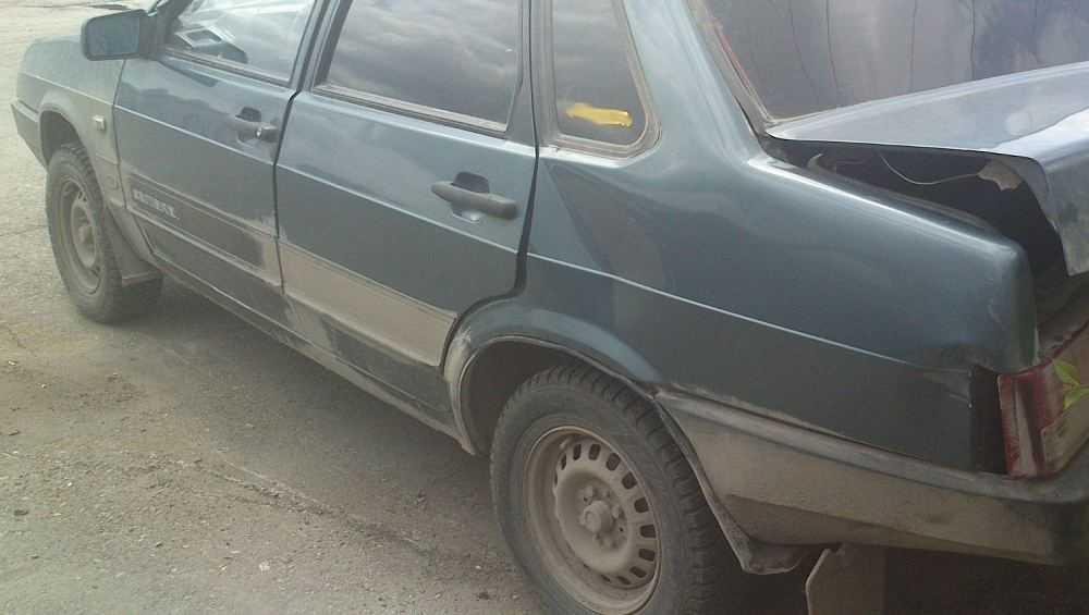 В Комаричском районе УАЗ протаранил ВАЗ-21099