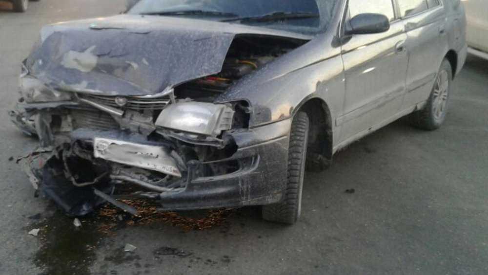 На трассе Брянск – Новозыбков столкнулись «Тойота» и «Мазда»