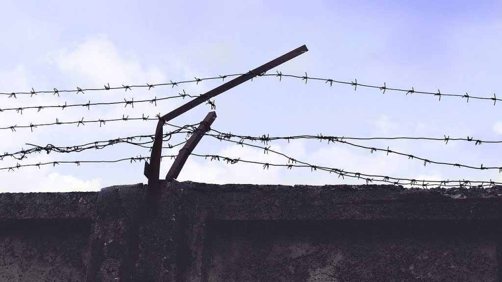 Почему в России не вернут смертную казнь?