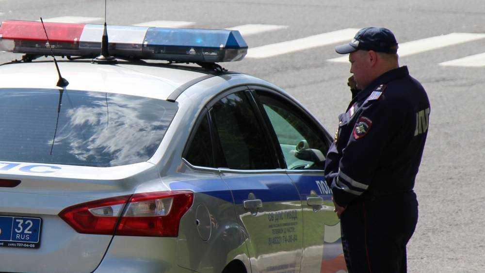 В Брянске сотрудники ГИБДД на улицах вразумили пешеходов