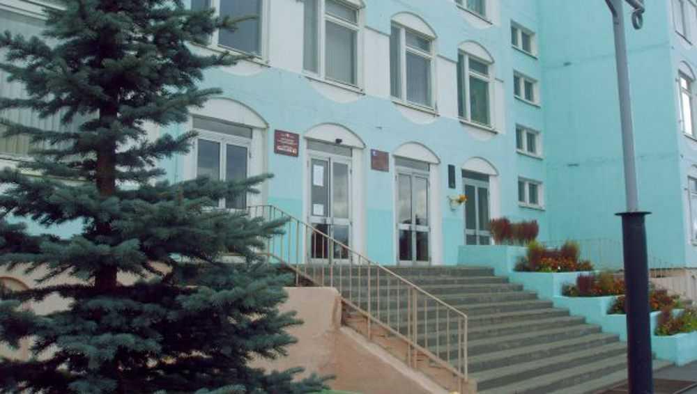 В гимназии №3 Брянска прокуратура подтвердила поборы с родителей