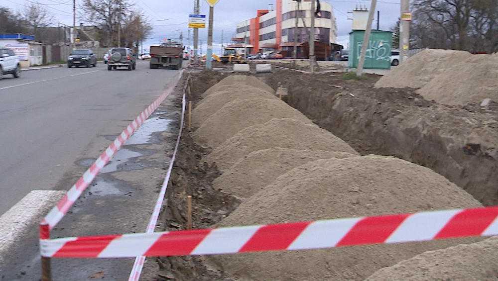В Брянске образовалась пробка из-за расширения дороги на Городище