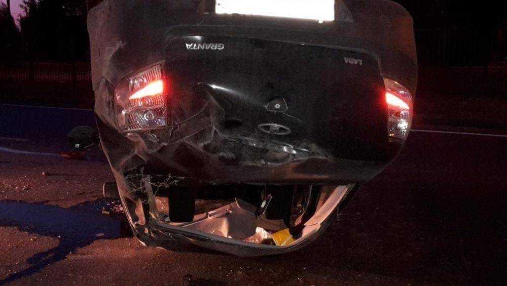 Под Карачевом в перевернувшейся «Ладе» погибла автомобилистка