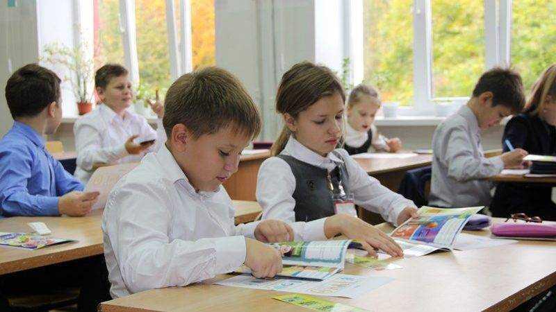 «Брянскэнерго» учит школьников Брянской области способам экономии энергии