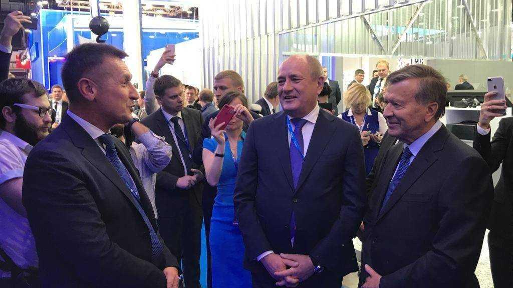 Гендиректор АО «Метаклэй» Сергей Штепа встретился с главой совета директоров«Газпрома» Зубковым