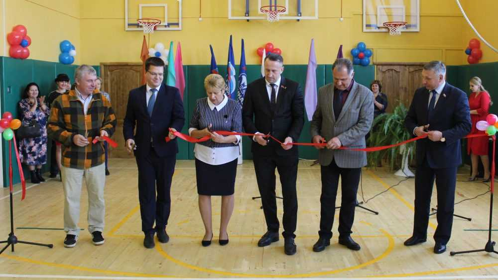 В Малополпинской школе открылся отремонтированный спортзал