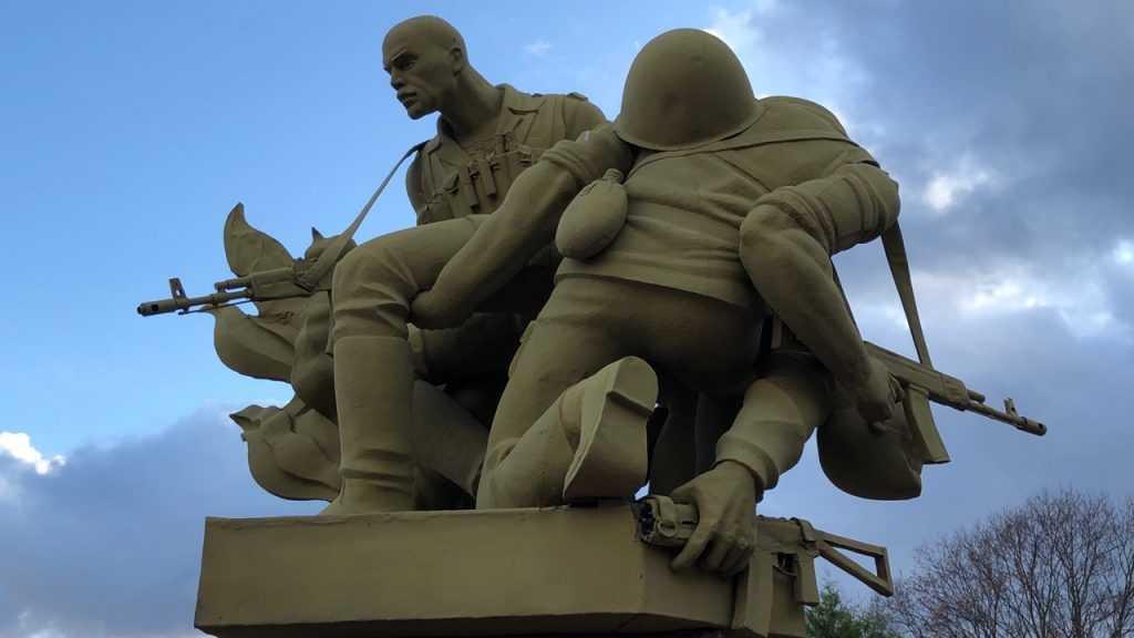 Памятник Воинам-интернационалистам станет собственностью Брянска