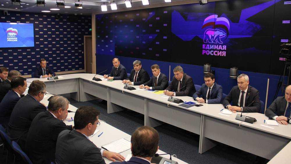 Брянский губернатор Александр Богомаз вступил в партию «Единая Россия»