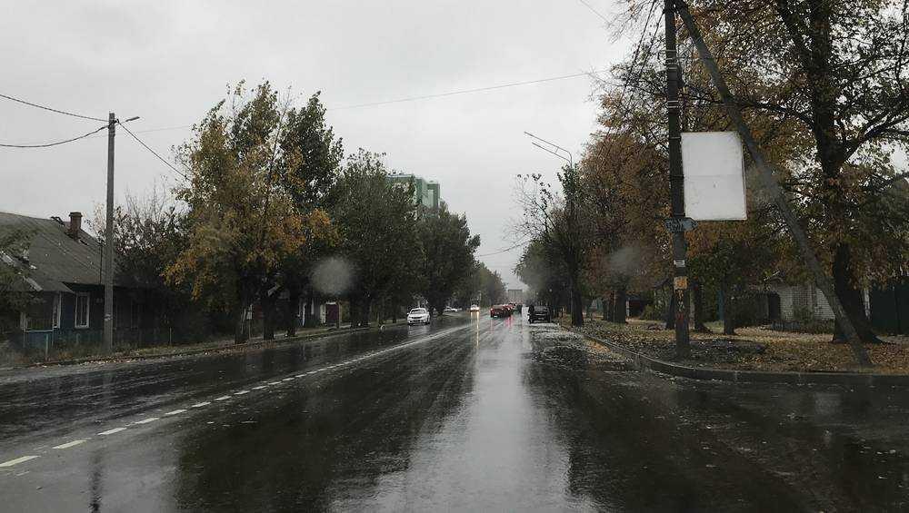 Брянские водители высказались о ремонте дороги на улице Дзержинского