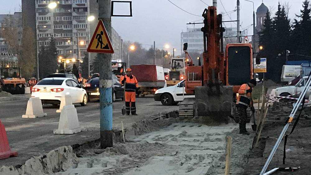 В Брянске на Авиационной начали строить новую остановку
