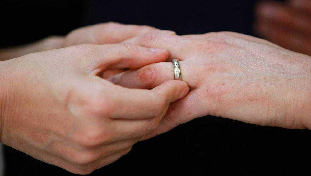 В Брянске аннулируют фиктивный брак таджика и местной жительницы
