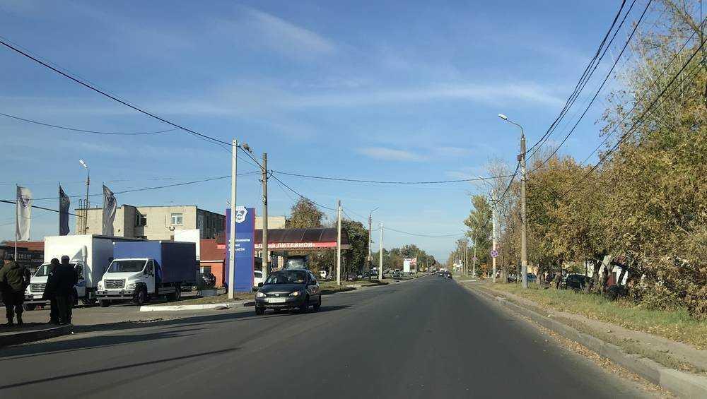 Брянские водители поблагодарили за ремонт дороги на Литейной