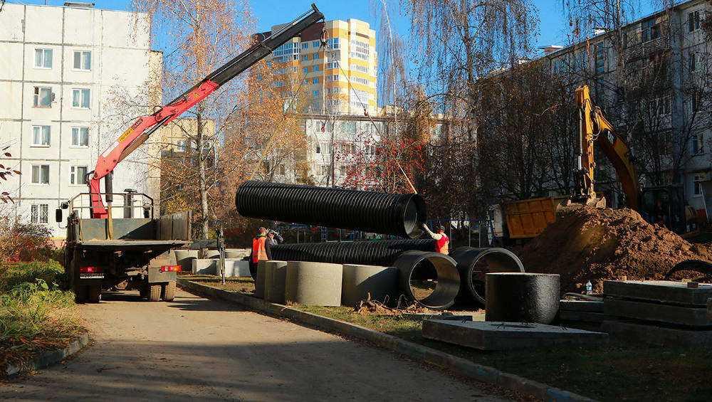Ливневую канализацию в переулке Пилотов в Брянске построили на 85 процентов