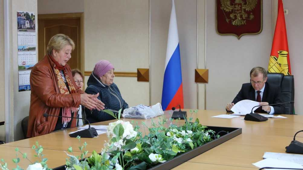 Градоначальник Брянска Макаров и его заместители выслушают горожан