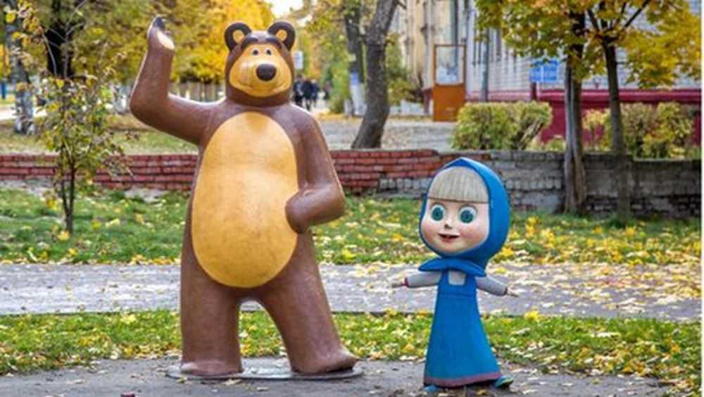 За один день нашли похитителей скульптуры Медведя из брянского парка