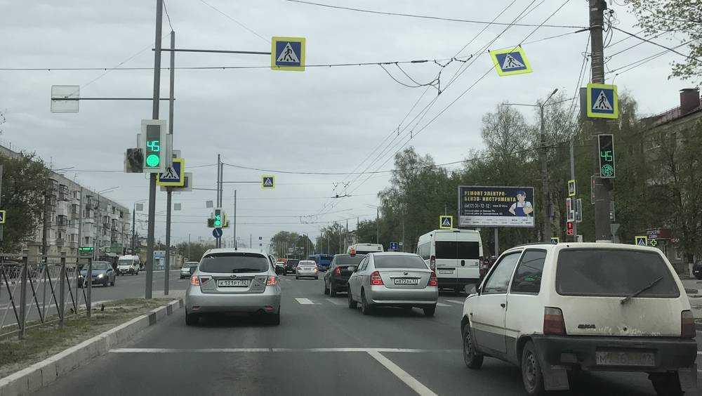 За сутки более 2 тысяч брянцев нарушили ПДД на проспекте Московском