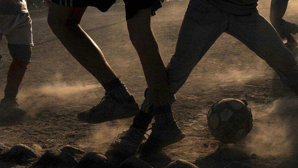 В Выгоничах спортплощадка оказалась очень пыльной