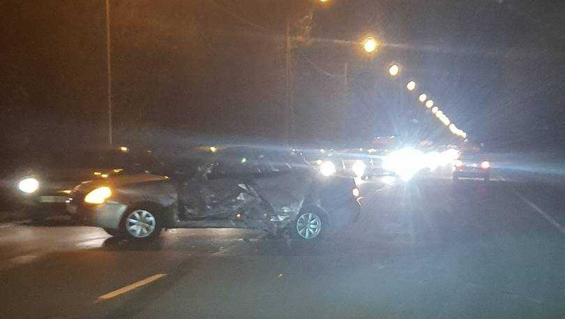 Два человека погибли и двое ранены в Брянске в ДТП на Речной улице