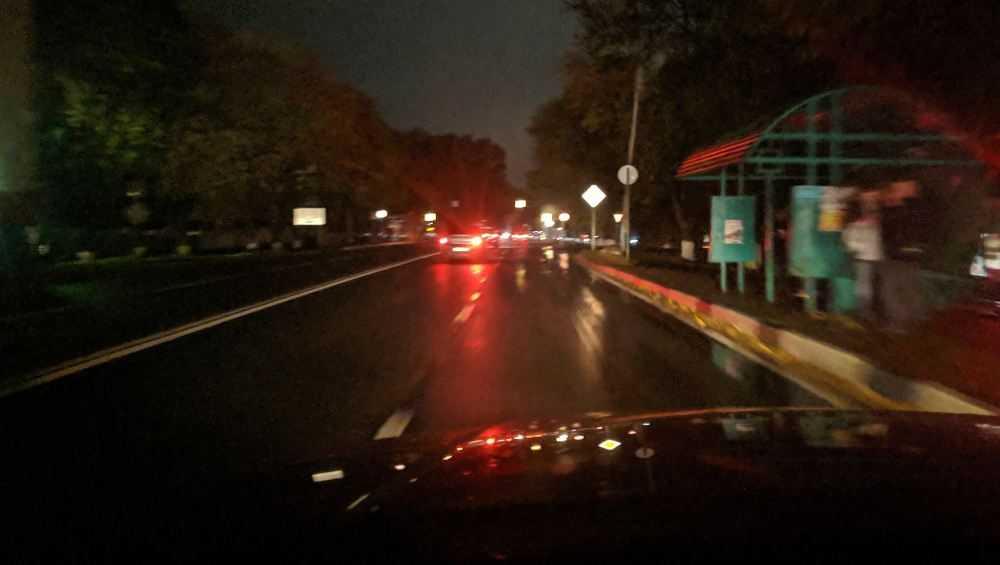 На выезде из Брянска дорога погрузилась во тьму