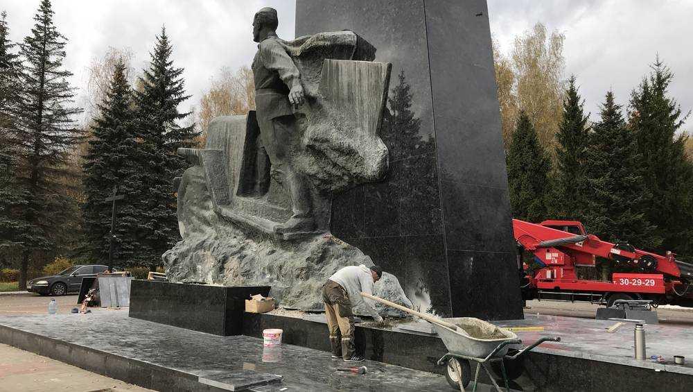 Обновлённый памятник воинам-водителям под Брянском откроют 25 октября