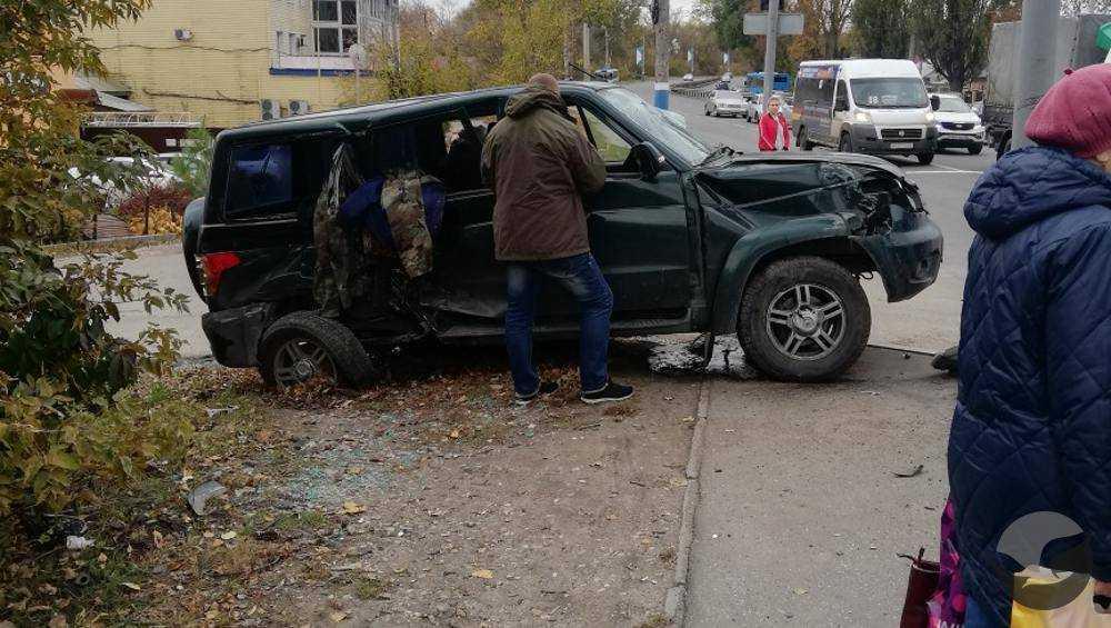 В Брянске в ДТП с маршруткой пострадали шесть человек