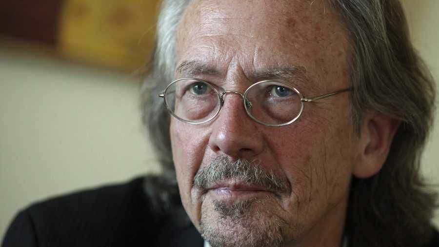 Гримасы толерантности: у австрийца хотят отобрать Нобелевскую премию