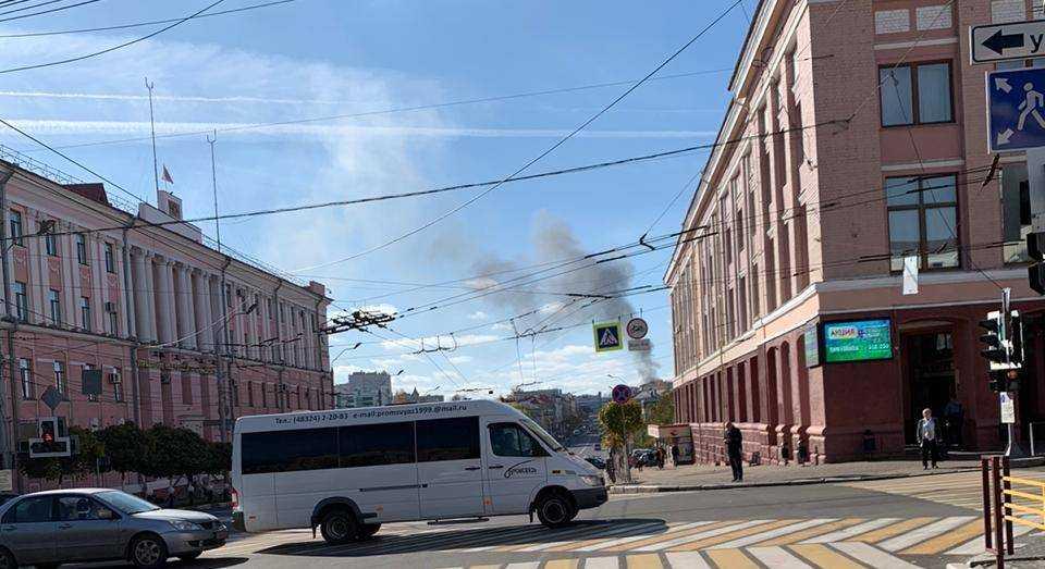 В центре Брянска случился сильный пожар