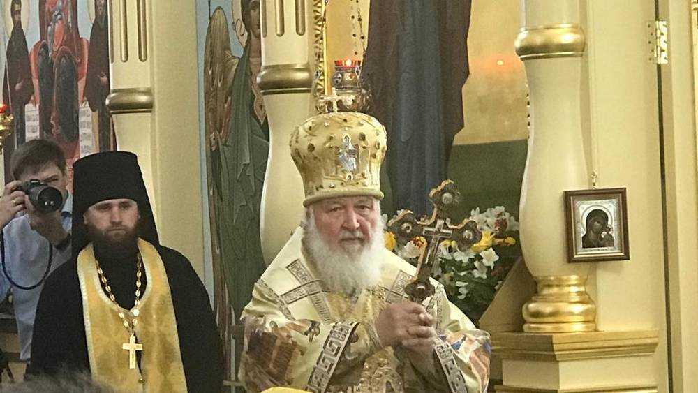 В Свенский монастырь на литургию с Патриархом пришли тысячи брянцев
