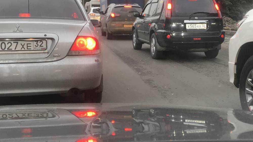 Брянских водителей предупредили о пробках на белорусской границе