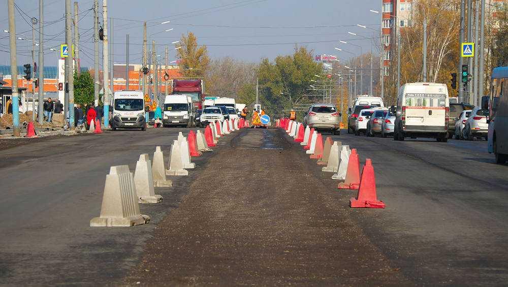 В Брянске на ближайшие дни обещали заторы на дорогах