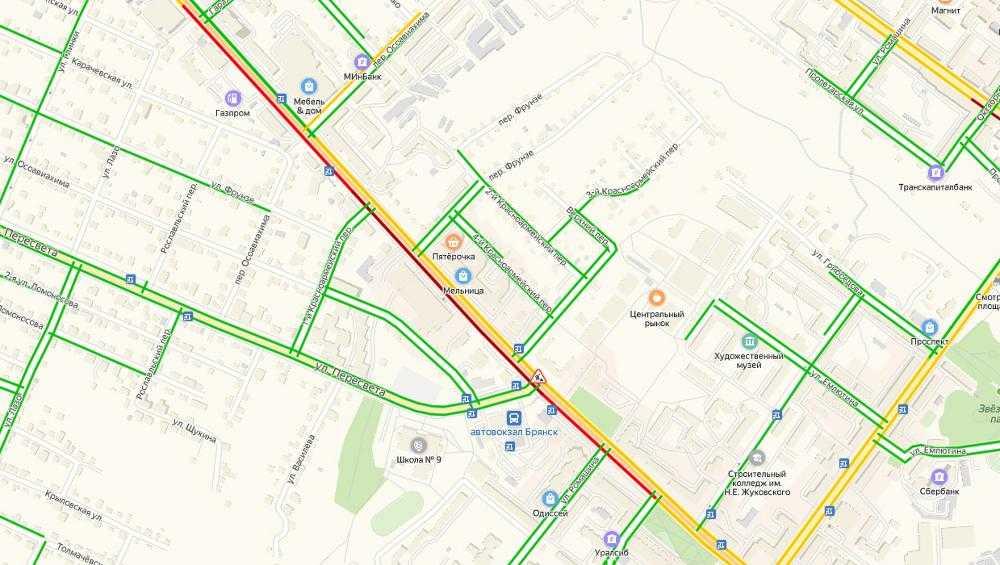 Из-за ремонта дороги в Брянске образовалась пробка на улице Красноармейской