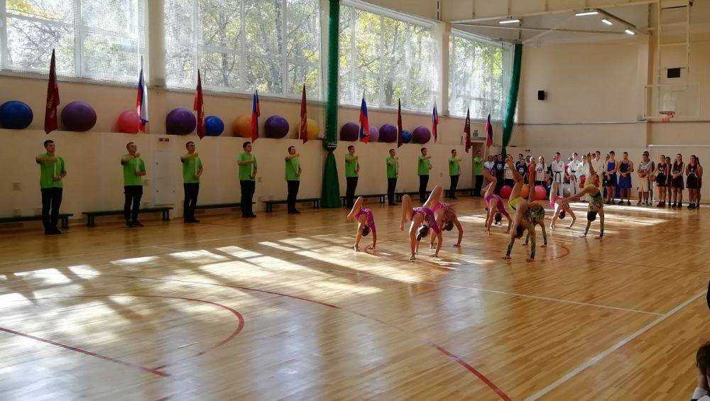 В Брянском университете спустя 40 лет отремонтировали спортзал