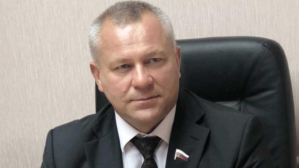 Брянский депутат Суббот ушел из Госдумы победителем Пайкина