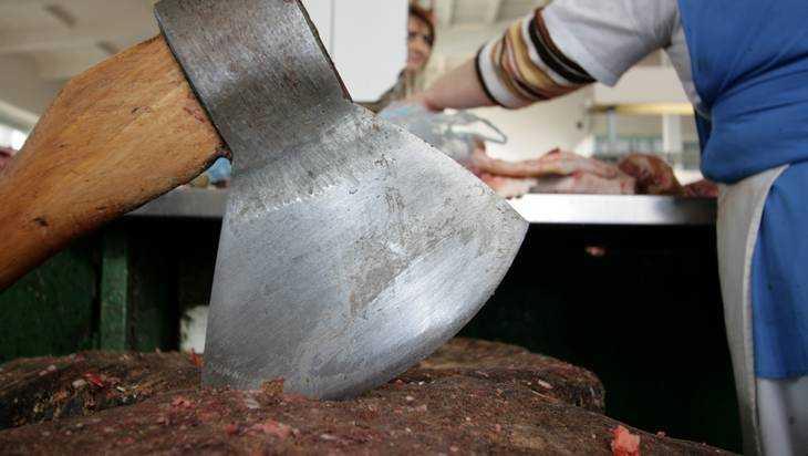 Брянский ветеринар незаконно разрешил вывоз 147 тонн опасного мяса