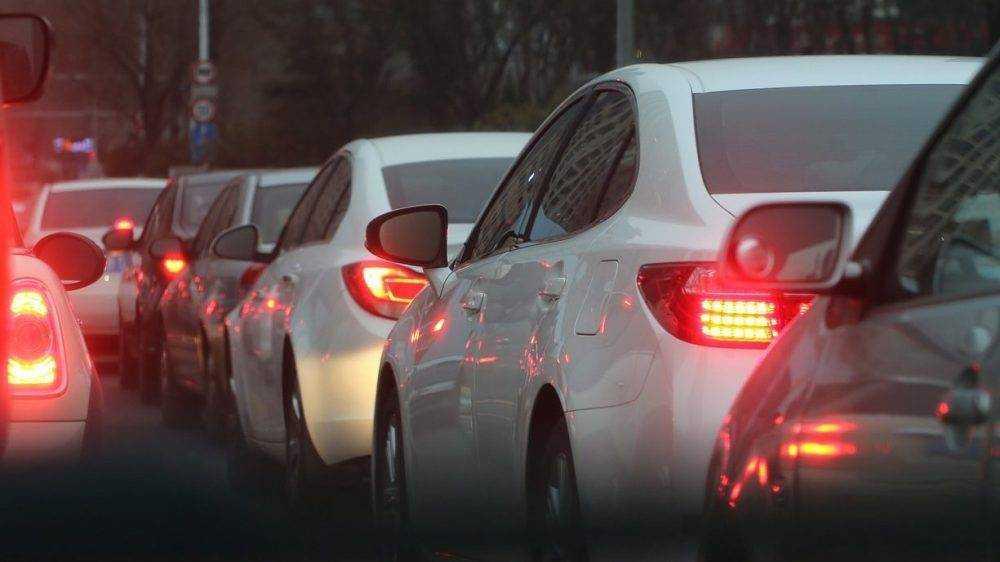 Под Брянском из-за ДТП в Супоневе образовалась огромная пробка