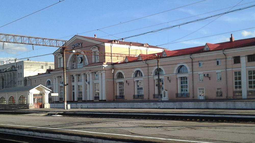Расписание пригородных поездов в Брянской области изменится на ноябрьские праздники