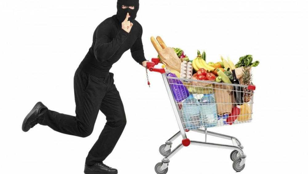 В Почепе задержали совершившего 9 краж магазинного вора