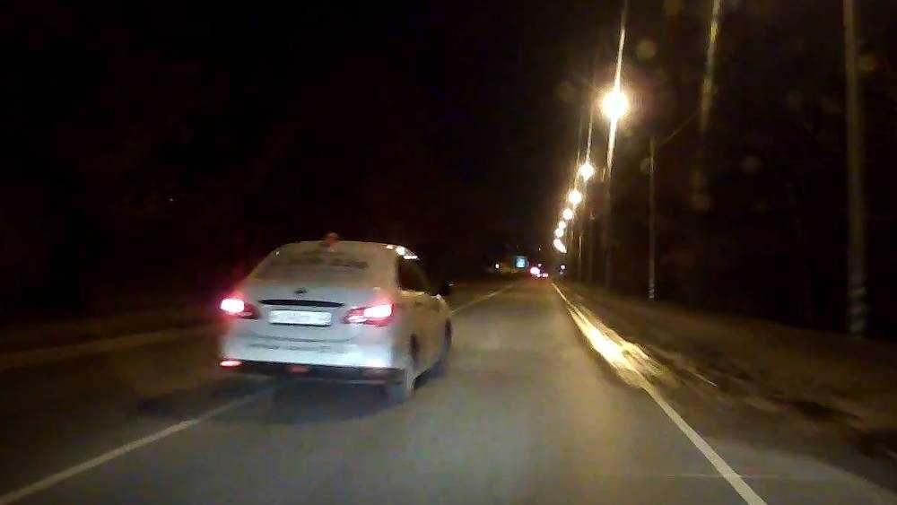 В Брянске на Речной сняли видео о лихом таксисте