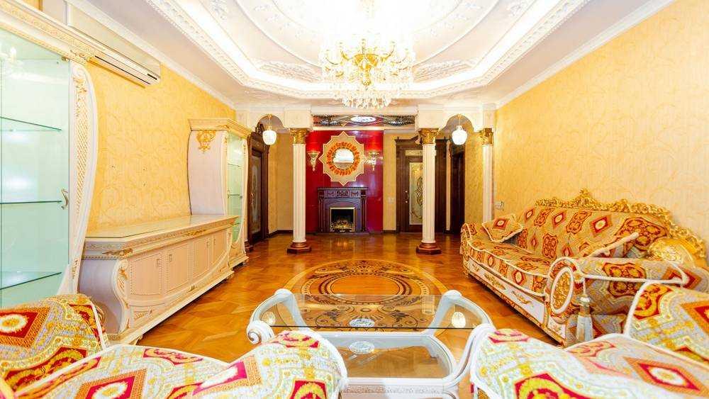 В Брянске продают элитную «золотую» квартиру за 17 миллионов рублей