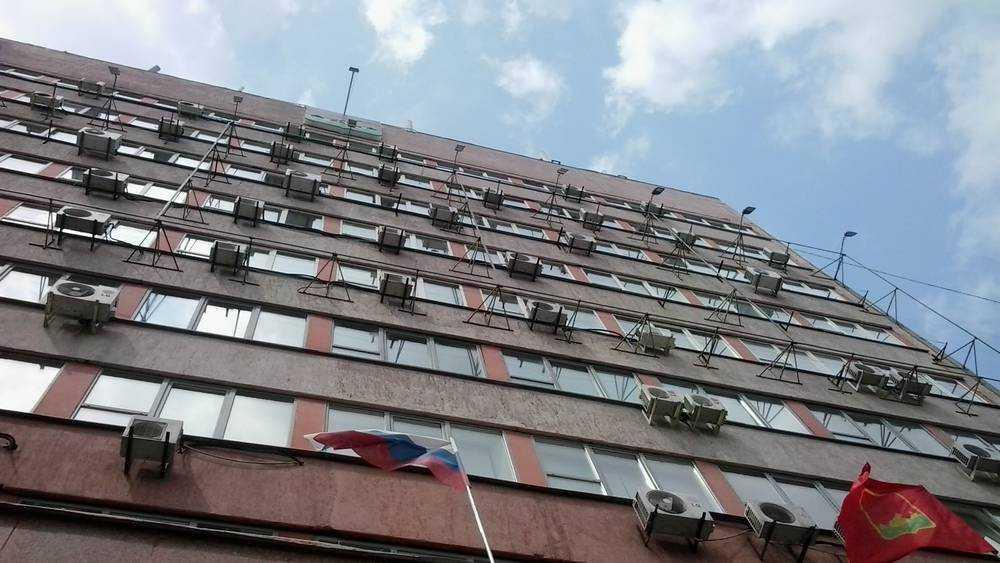 Грозными предупреждениями встретил горожан сайт властей Брянска