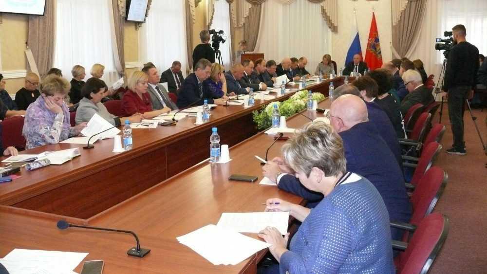 Брянские партийцы провели заседание по реализации проекта «Новая школа»