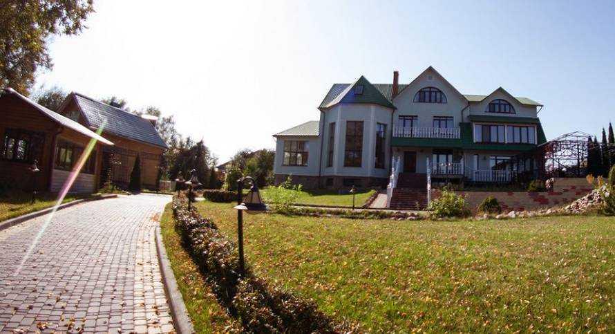 В Брянске за 40 миллионов рублей продают дворец возле автовокзала