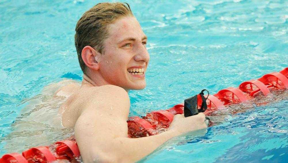 Брянский пловец Илья Бородин с новым рекордом стал чемпионом России