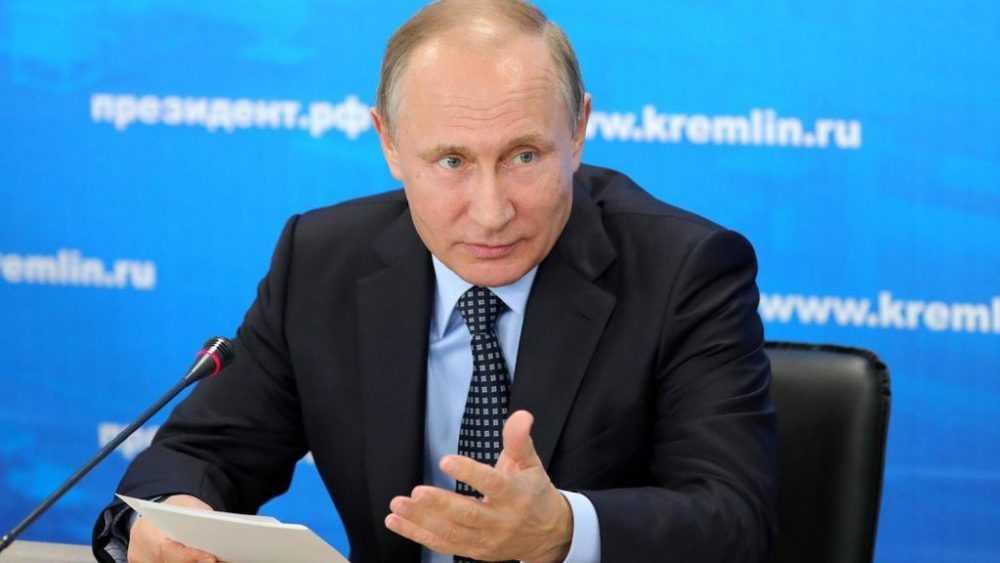 «Можно ли женщину бить в живот?»: Путин высказался о митингах