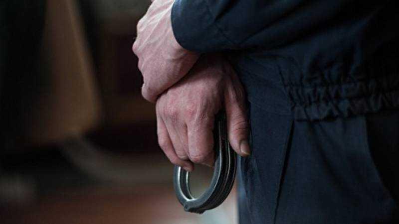 В Суземке пенсионера задержали за кражу двух оград с кладбища